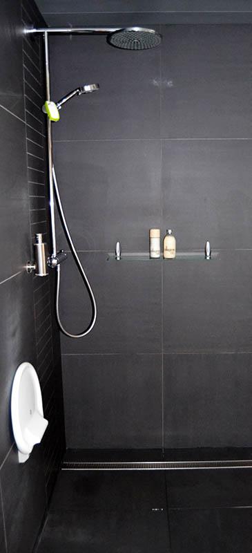 Wandtegels vloeren tegels bettens co - Faience voor italiaanse douche ...