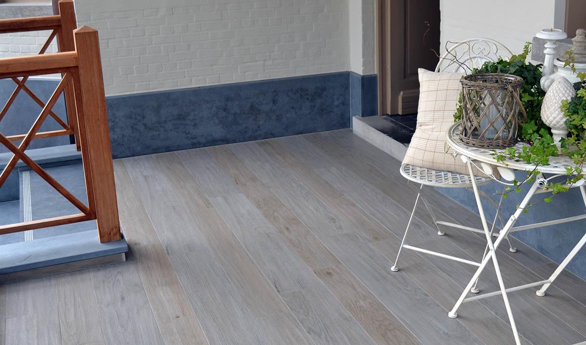 vloertegels schoonmaken badkamer badkamer vloertegels reinigen grijs grote tegels. Black Bedroom Furniture Sets. Home Design Ideas